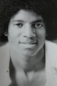 Michael Jackson Cheek Mole Left Side: TWIN SOUL MARKS (Photo for Educational Purpose)