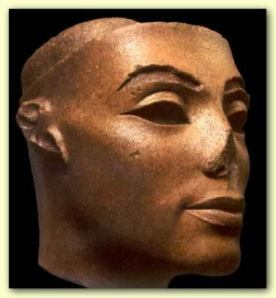 Nefertiti´s Real Face: A Historic Evidence for Michael Jackson and his Twin Soul having lived several times before?
