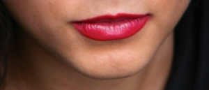 Susan Elsa´s Lips resemble Michael Jacksons´s extremely visible (Natural!)