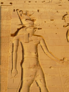 Michael Jackson Twin Soul Pop Album channeled in Egypt 2010: Watch closely here, this is NOT THE ORIGINAL IsIs temple but a rude FRAUD Romans & GREEK placed ON original temple site in times of sneaky plans to destroy and and invade Egypt