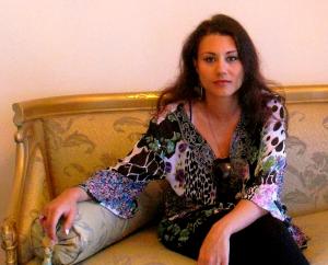 Susan Elsa in Alexandria/Egypt Personal Apartment © Nov 2010