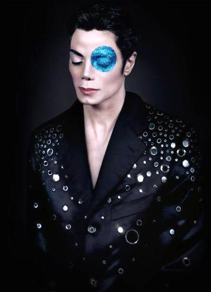 The Secret Arno Bani Photos 1999: Michael Jackson Blue Eye Dot © Twin Cheek Mark Susan Elsa