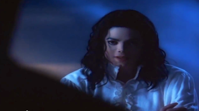 Michael Jackson´s Ghosts Film Story and Hidden Meaning explained by Twin Soul Susan Elsa © Spiritual Information beyond the famous MJ