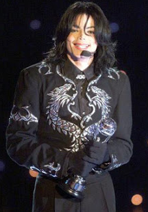 Michael Jackson wearing parallel same Clothes Silver Double Twin Design and Colour as his Twin Soul 2001-2002 Era