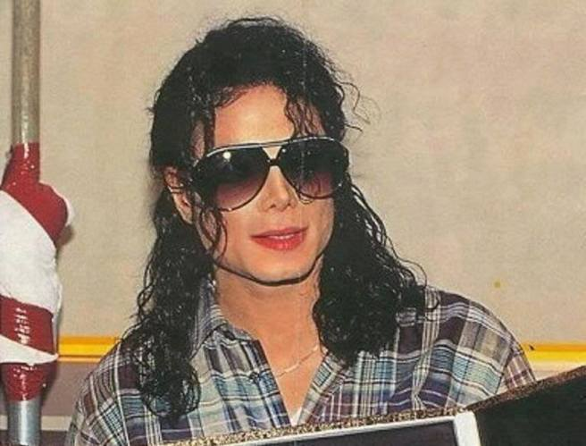 Michael Jackson channeling his Twin Souls Appearance and Looks