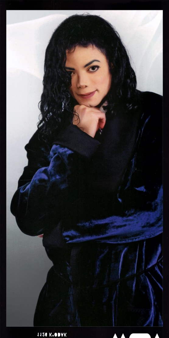 The Archangel Michael Style: MICHAEL JACKSON IN BLUE MORNING ROBE