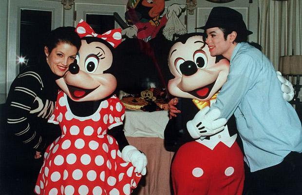 Michael Jackson Lisa Marie Presley Mickey Mouse Minnie Mouse Disney Land Photo