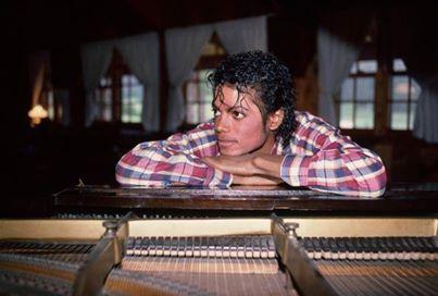 MICHAEL JACKSON´S THRILLER SUCCESS & JEALOUSY WAR VIA TABLOIDS BEGINNING © Michael Jackson TwinFlame Soul Official