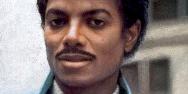 How Michael Jackson would have looked like without any Plastic Surgery or Skin Changes and Make Up Supposedly: Original Source: http://www.huffingtonpost.com/2013/12/12/michael-jackson-throwback-thursday-photo_n_4432713.html
