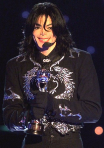 Michael Jackson World Music Awards 2000- DOUBLE DRAGON Fashion parallel to his Twin Soul wearing Black & Double Dragon with Solver too! (© Copyrighted Twin Flame Information from Susan Elsa)