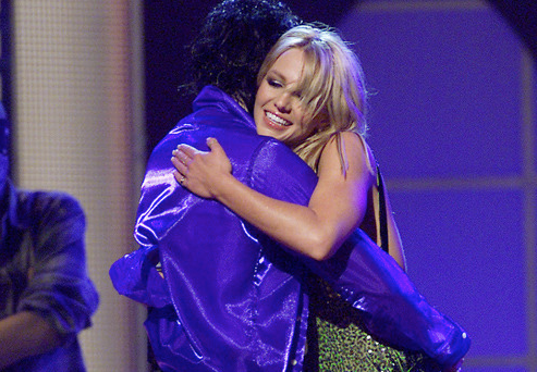 Michael Jackson hugging Britney Spears after Performing together (Photo from Internet for Educational Purpose)