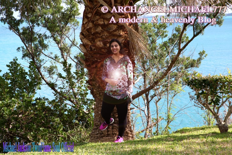 Susan Elsa in Bermuda working ancient Egyptian Twin Soul Magic for the Archangel Michael Healing of the Triangle- © Michael Jackson TwinFlame Soul Official Blog