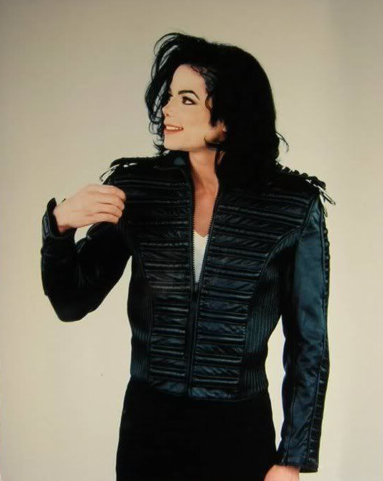 ABOUT MICHAEL JACKSON´S PERSONAL VISIONS AND VIEWS ON CHILDREN AND INNOCENCE © Susan Elsa - Michael Jackson TwinFlame Soul Official