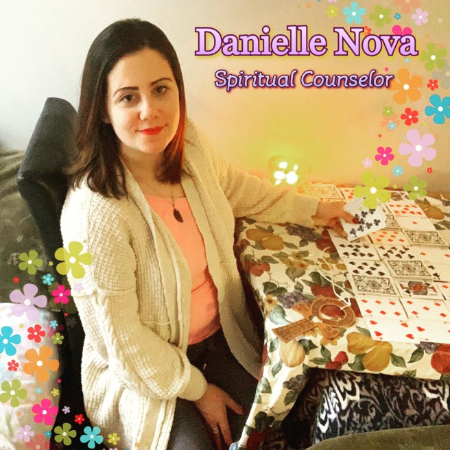 Danielle Nova - Spiritual Counselor & Nurse © TWIN EYE Spiritual Consulting 2020